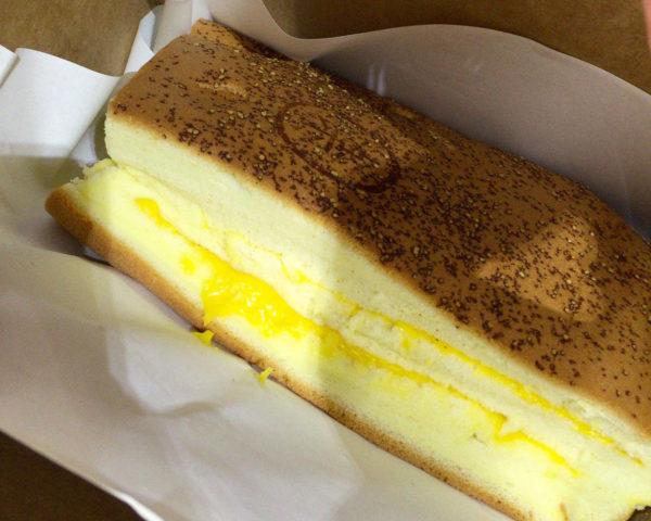 想像のななめ上をいく大きさ!チーズカステラ、樂古早味蛋糕 台湾旅行2016.09⑰