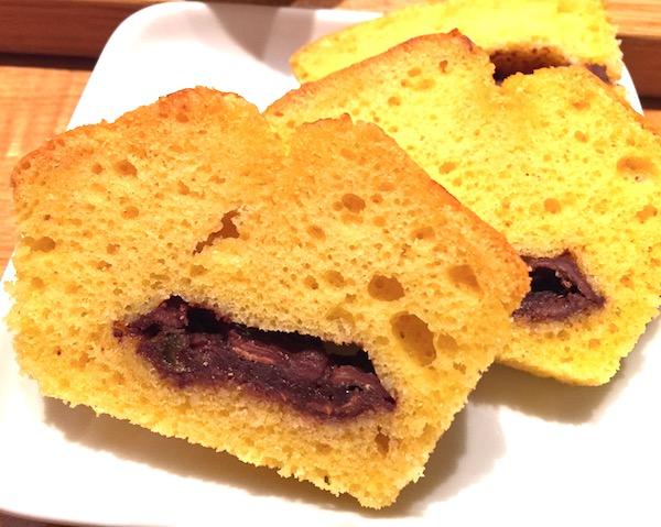 バレンタインだしラミーチョコを丸ごと入れたパウンドケーキ!