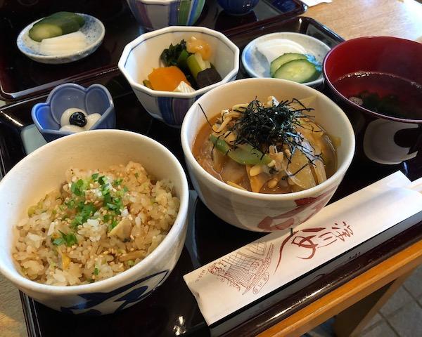 富岡八幡宮境内で深川めしを食す!